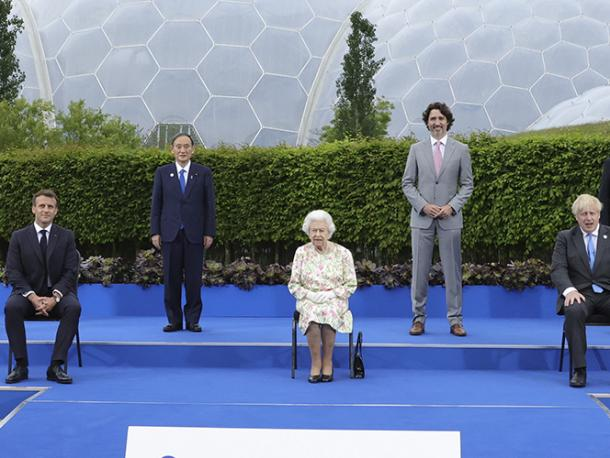 Her Majesty, Queen Elizabeth II, sits for a group photograph with all the G7 leaders at the Eden Project before the G7 leaders' evening dinner and reception.