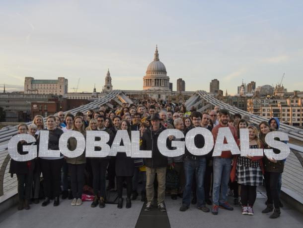 Supporters on London's Millennium Bridge spell out Global Goals