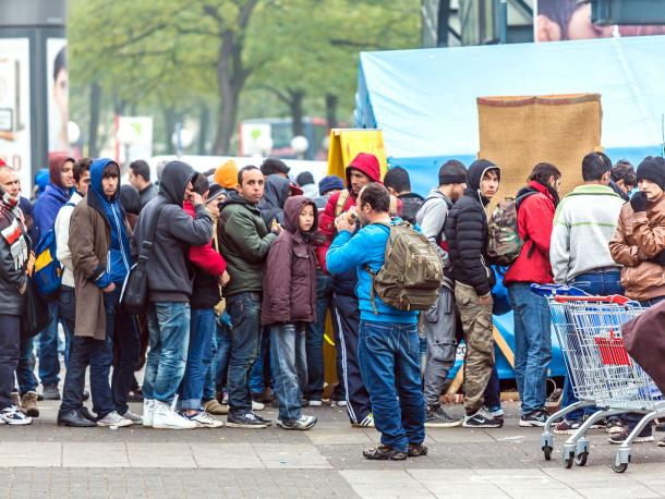 Refugees queuing in Hamburg