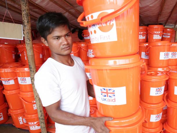Distributing UK aid hygiene kits to Rohingya refugees in Bangladesh